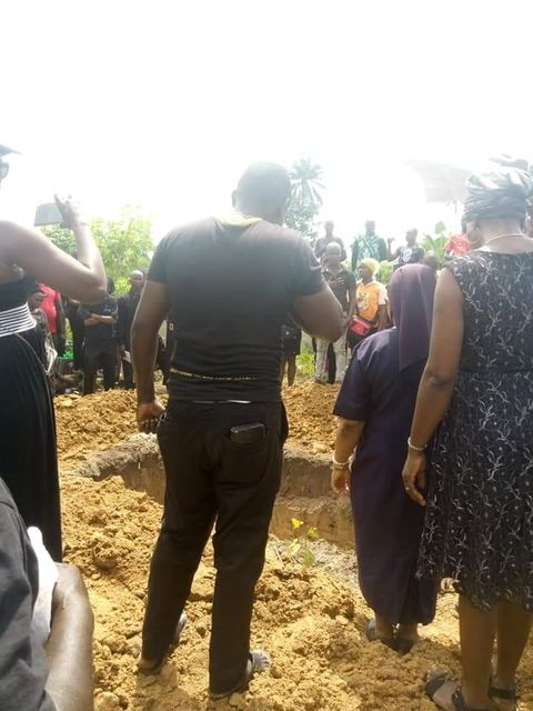 Lady who died at lekki toll gate pretest