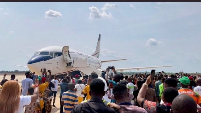 Anambra People Excited As New Airport Records Maiden Flight