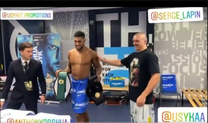 Oleksandr Usyk Returns Anthony Joshua's Belts (Details)