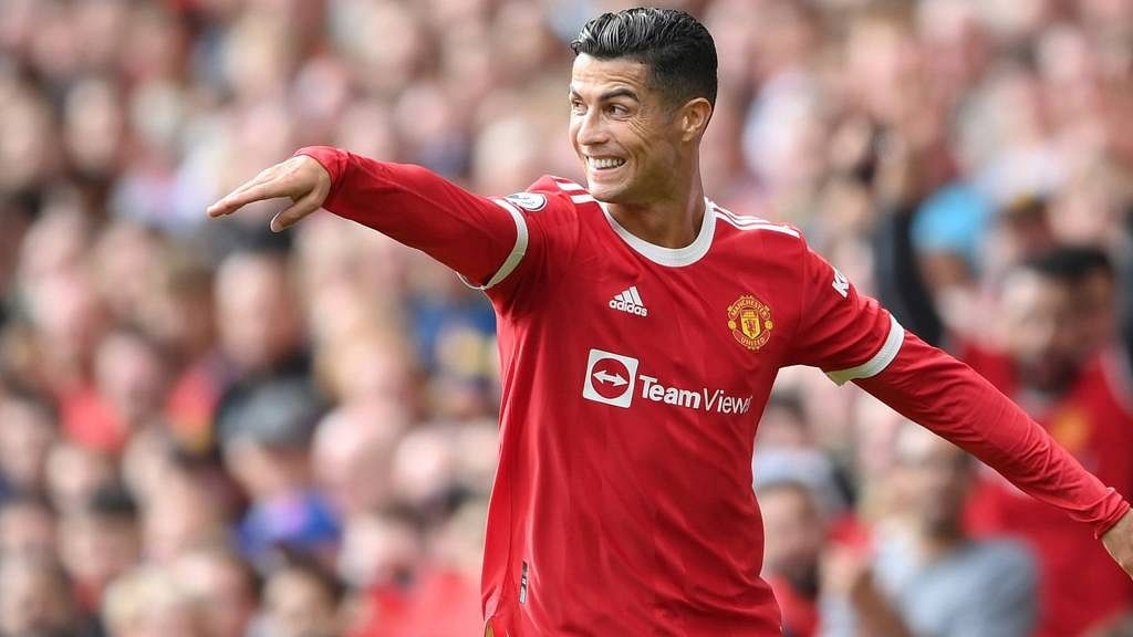 Ronaldo wins Premier League Player of the Month for September